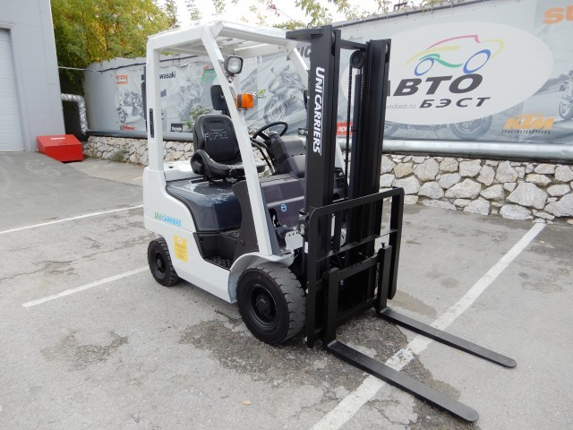 UNICARRIERS NP1F1A15D