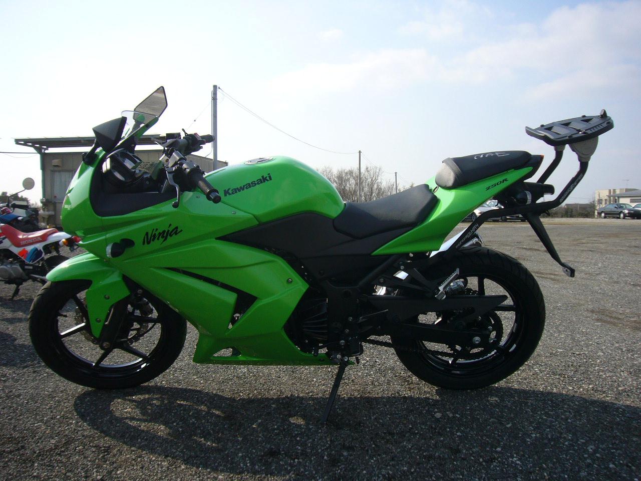 Kawasaki Ninja 250 купить бу #10